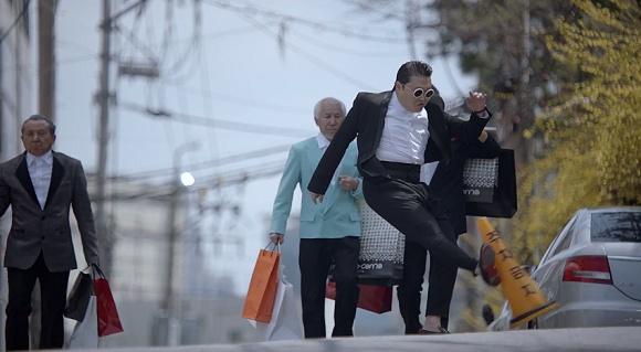 鸟叔 毁损公物 韩国电视台禁播PSY新曲MV\/图