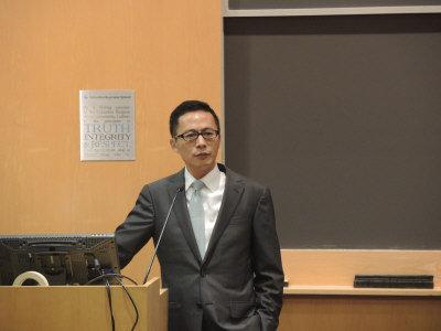 汪潮涌 最早进入美国华尔街的中国留学生之一