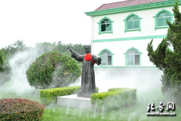 快板书艺术的开创者和奠基人李润杰,于2005年10月安葬于永安公墓图片