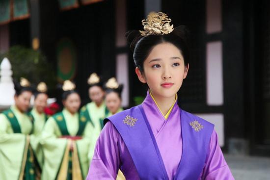 唐艺昕被誉 收视福星 出演 陆贞 再度耍狠