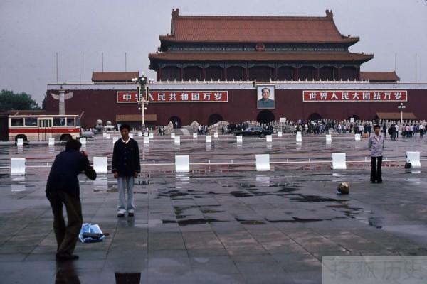 外国摄影师镜头里的中国严打时期震撼相片曝光
