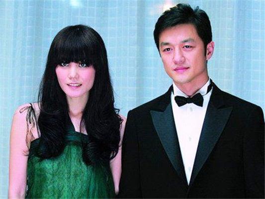 诡异 菲鹏假离婚 新疆否认曾办离婚手续 高清图片
