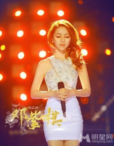 邓紫棋我是歌手人气爆棚 不惧与林宥嘉PK_娱
