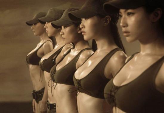 军报批女兵题材剧穿着过于性感火爆热烈桥段成特征