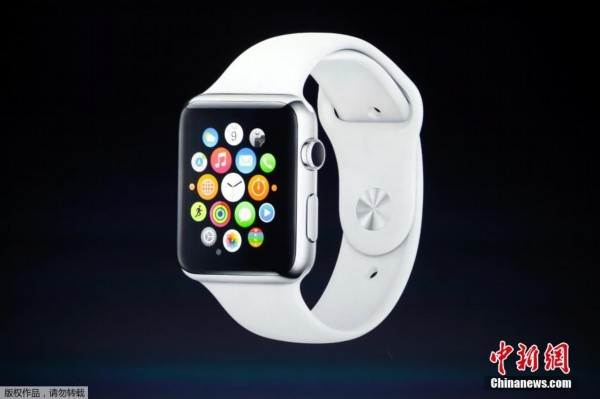 今日凌晨,苹果公司在美国加州库部蒂诺市弗林特剧院(Flint Center)召开发布会,4.7英寸发布iPhone 6及5.5英寸iPhone 6 Plus。还正式推出了苹果首款智能穿戴设备Apple Watch,被苹果CEO蒂姆库克称为革命性产品。