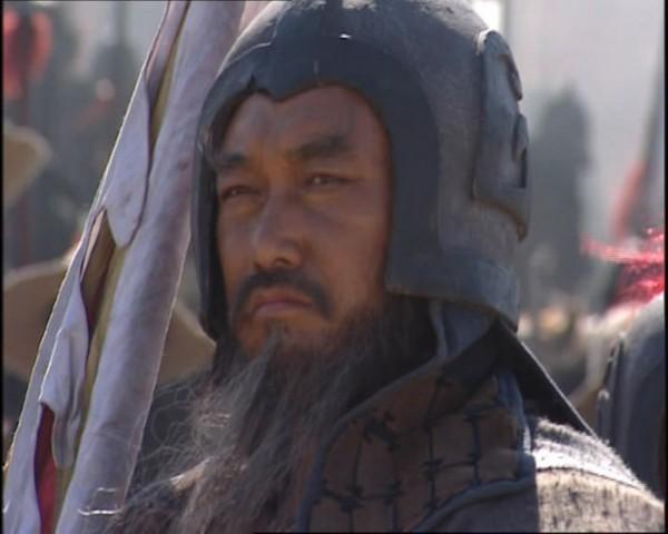 大旗英雄传电视剧老版_在大陆版的《水浒传》中扮演双鞭将呼延灼,在《大旗英雄传》扮演雷鞭