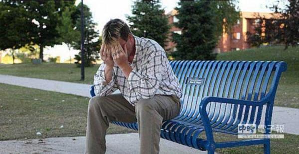 美国一男子患罕见病症 每天性高潮竟达百次以