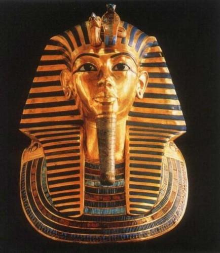 古埃及法老面具-最新研究 埃及法老图坦卡蒙为暴牙少女臂图片