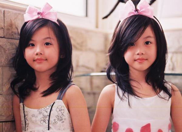 山东五胞胎活泼可爱 专家称4种方法生双胞胎几率大