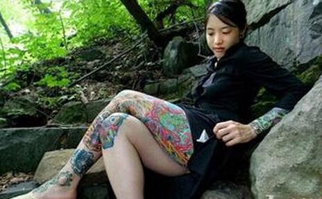 揭秘日本黑帮生活 女成员犹如慰安妇天天被奸淫