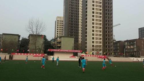 工业科技学院杯 2015四川省中学生足球比赛在德阳开赛