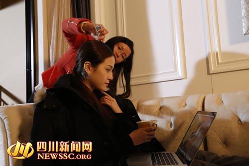 四川首部城管题材微电影《城管谜语》 2月8日成都首映