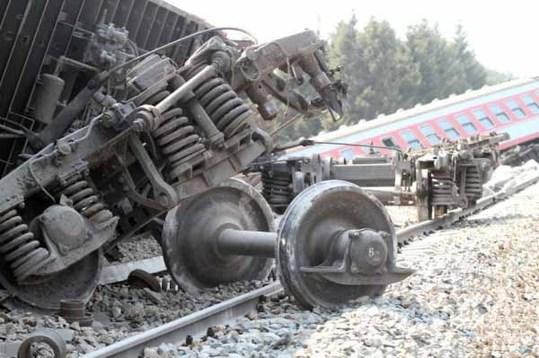 黑龙江/自马航飞机失事后,火车也出事了。