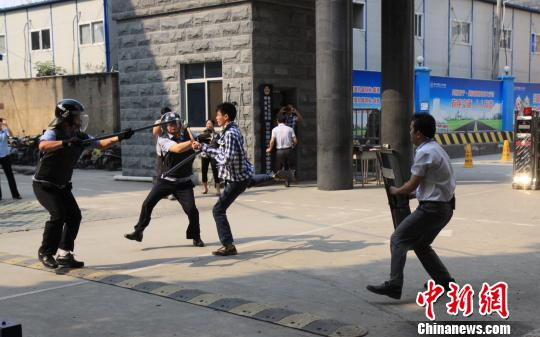 幼儿园 广西/4月3日上午,广西壮族自治区教育厅在南宁市第三十三中学举办...