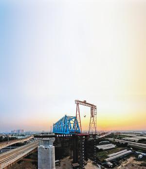 钢桁梁横移施工现场图片