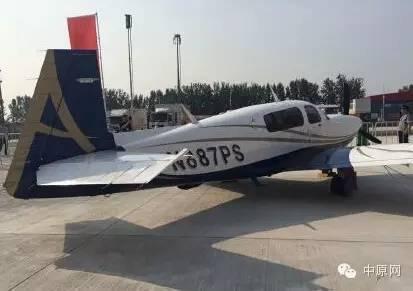 200架帅炸天的飞机在郑州上空盘旋,原来郑州正在搞这个
