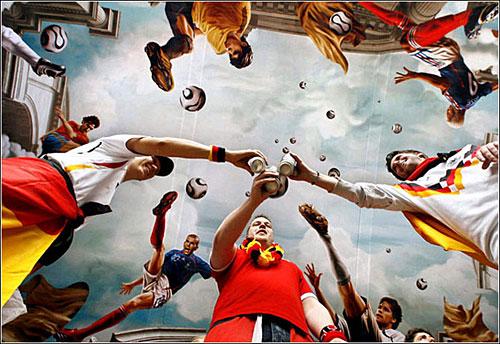 德國世界盃期間,德國球迷在科隆舉杯為東道主加油。