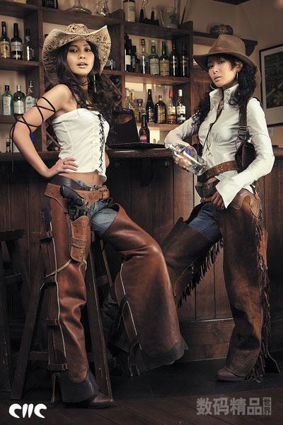 追求一种浓郁的美国西部风格的性感