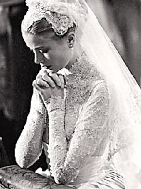 总统肯尼迪夫人杰奎琳均榜上有名.   杂志认为女星格蕾丝-凯利1956
