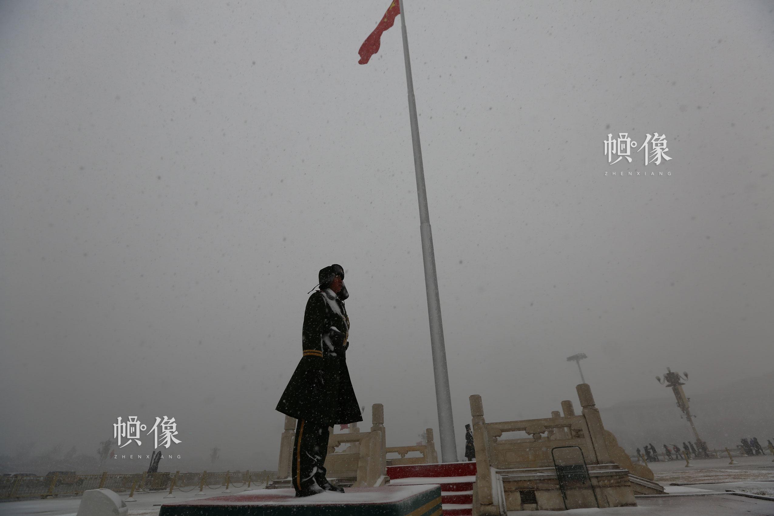 国旗哨365天风雪无阻。李超供图