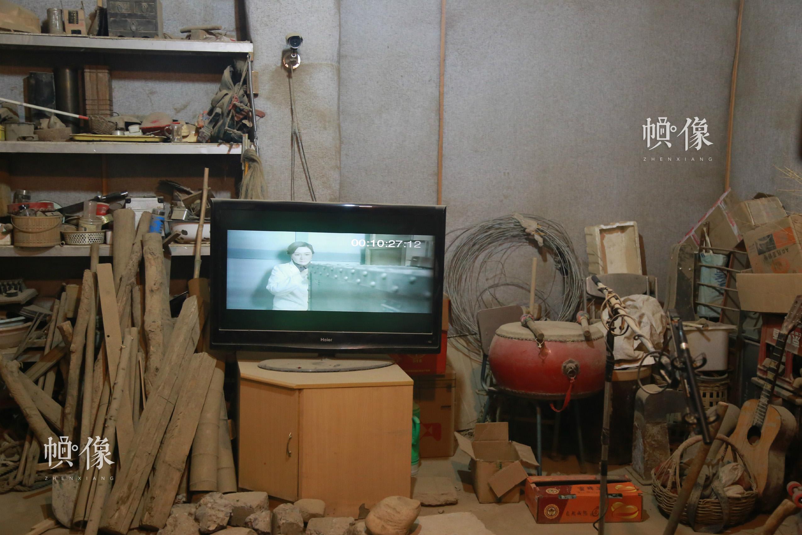 拟音室内场景 中国网实习记者 黄牧晨 摄