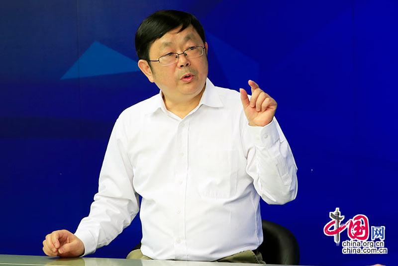 刘跃进:爱林懂林的