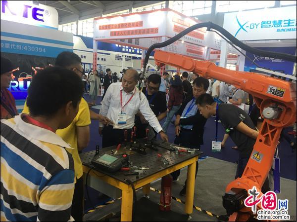 中国制博会亮相沈阳 感受智能科技带来新变化