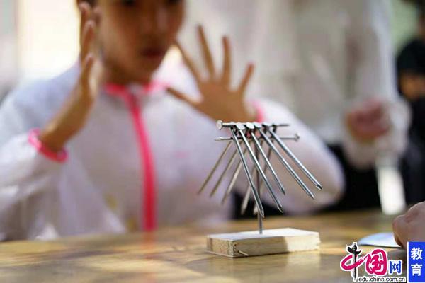 """青藏高原上的""""蝴蝶效应""""――桂馨基金会科学夏令营侧记"""