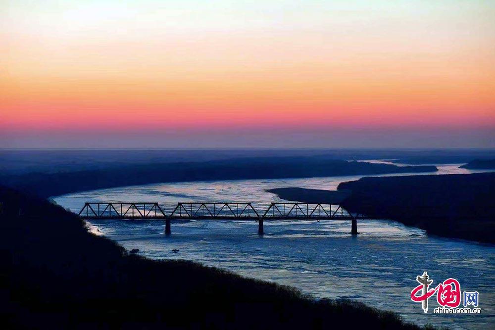 2019年1月1日,琿春防川國家級風景名勝區迎來新年第一縷陽光.
