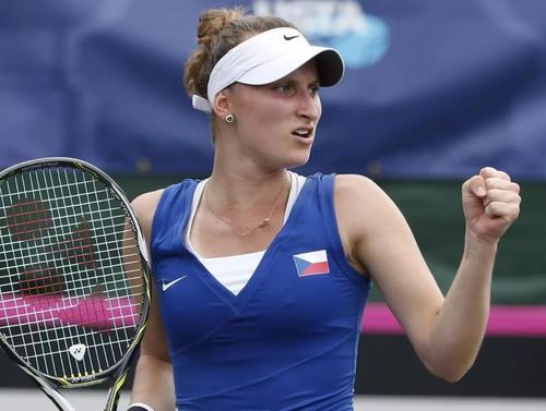19岁捷克新星万卓索娃淘汰马尔蒂奇 职业生涯首次晋级大满贯四强 黄博文