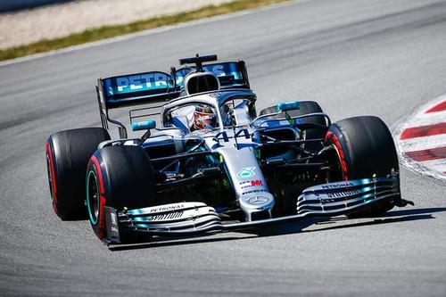 F1:汉米尔顿夺得本赛季第五冠 中国足球反赌