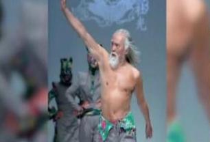 硬核大爷!83岁男模每天健身3小时 科斯蒂奇