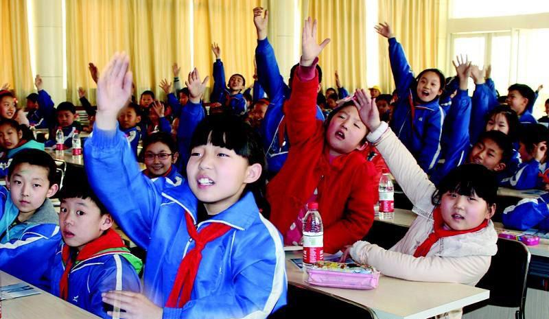 检察公益课堂进校园  普及公益诉讼知识 傣族的泼水节