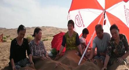新疆酷暑高温难耐 政府工作报告2015
