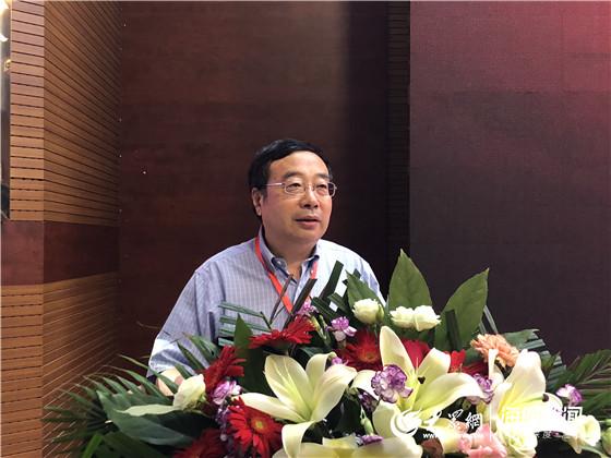 """""""致敬70年:中国企业管理发展论坛""""今开幕"""