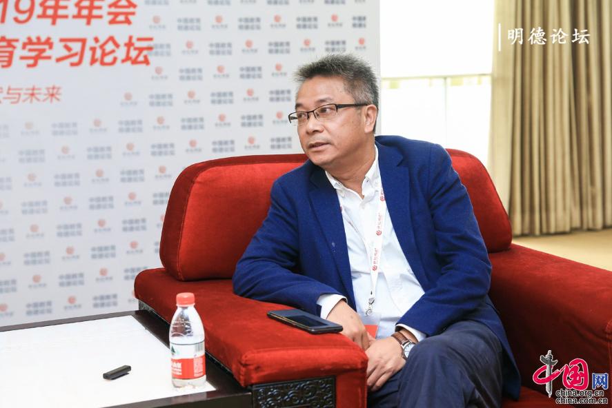 郴州二中许永江 做校长引以为傲的除了学生还是学生
