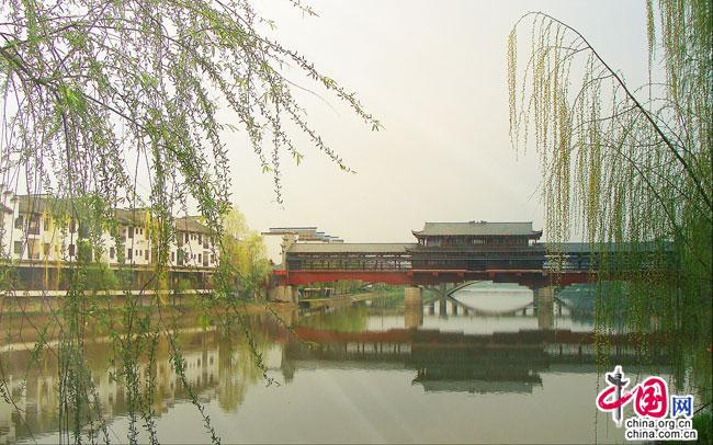 http://www.bjgjt.com/caijingfenxi/123282.html
