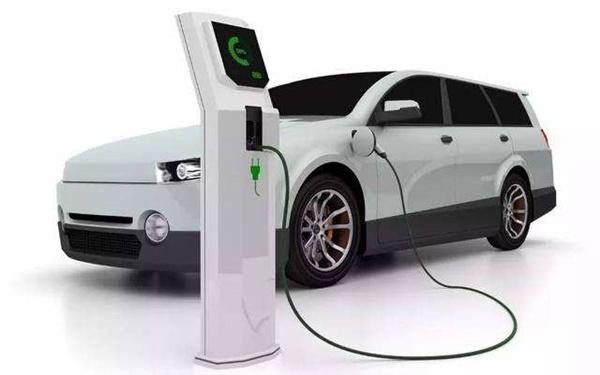 """面对新能源汽车产业,中国发出""""最强音"""""""
