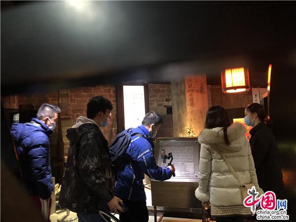 黄山旅游直播间走进徽州糕饼博物馆 助力年货节