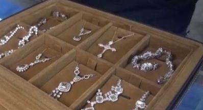上海海关打掉走私钻石团伙  案值超4000万元
