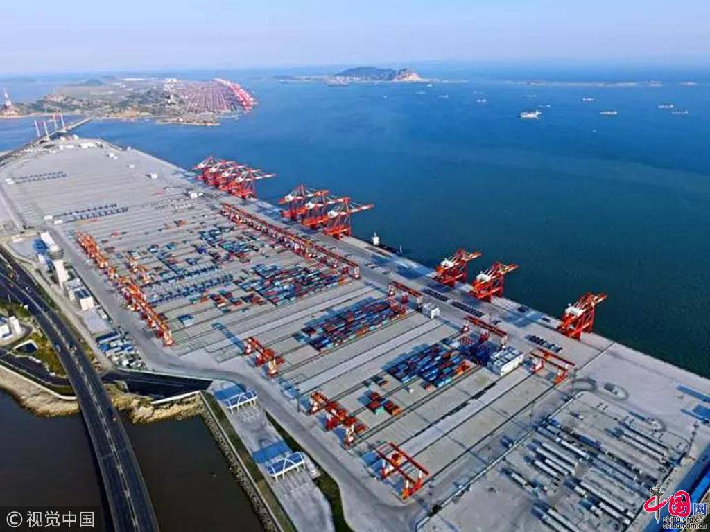 Le plus grand port automatis au monde entre en op ration shanghai - Le plus grand port en afrique ...