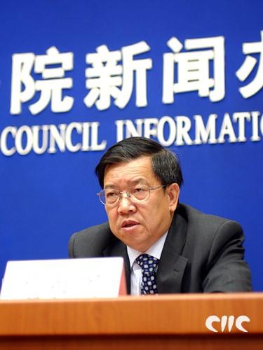 博鳌亚洲论坛秘书长龙永图回答记者提问