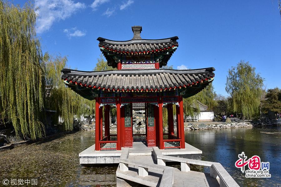 Красивые зимние пейзажи в пекинском парке Дагуаньюань