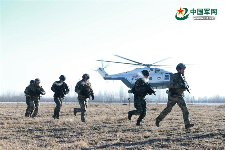 Фото с китайско-российских антитеррористических учений «Сотрудничество-2017»