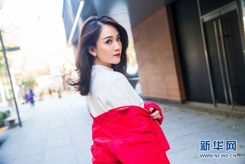 Тайваньская звезда Джо Чэнь появилась на улице