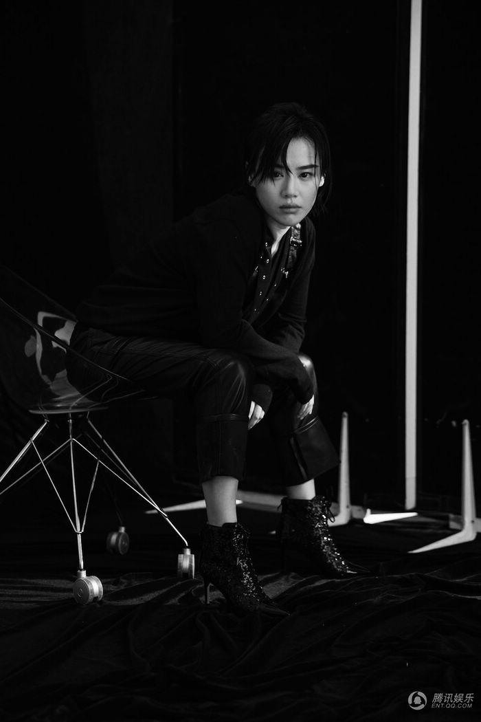 Ма Сычуань в черно-белых фото