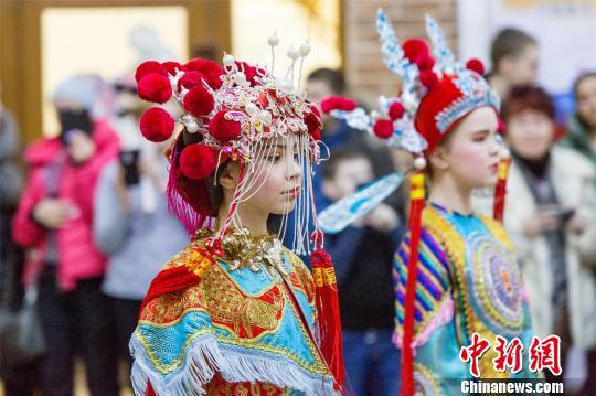 Предновогоднее настроение за пределами Китая: встречаем новую весну вместе с Россией