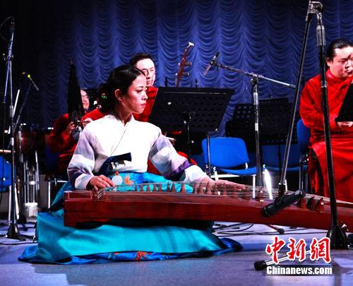 Китайский национальный новогодний гала-концерт проходит в Казахстане, «Радостный Праздник Весны» наступает в Центральной Азии