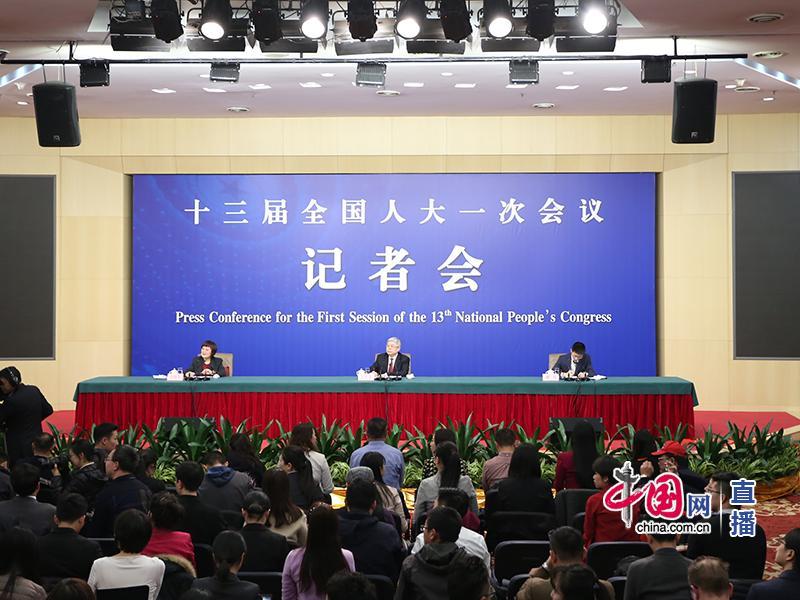 Пресс-конференция в рамках Первой сессии ВСНП 13-го созыва по адресной ликвидации бедности