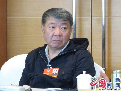 Член ВК НПКСК Чжэн Сяолун: художественное творчество должно укрепляться и представлять больше высококлассных работ
